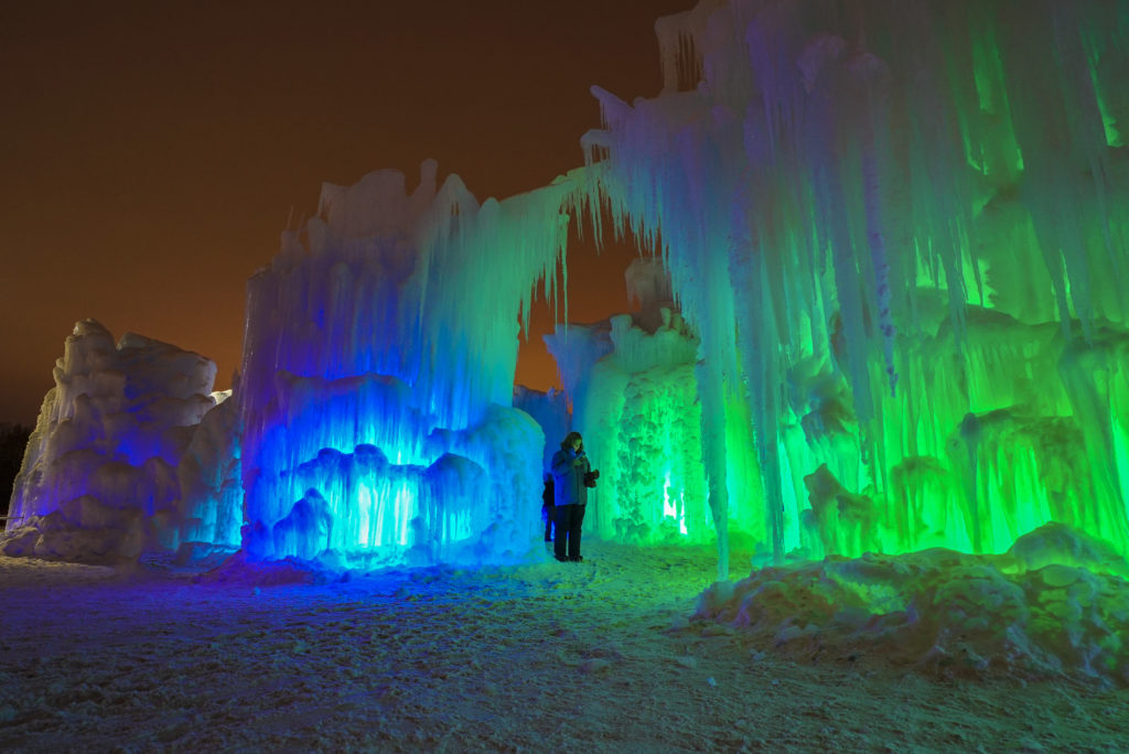 Photo fo the entrance to the Ice Castle